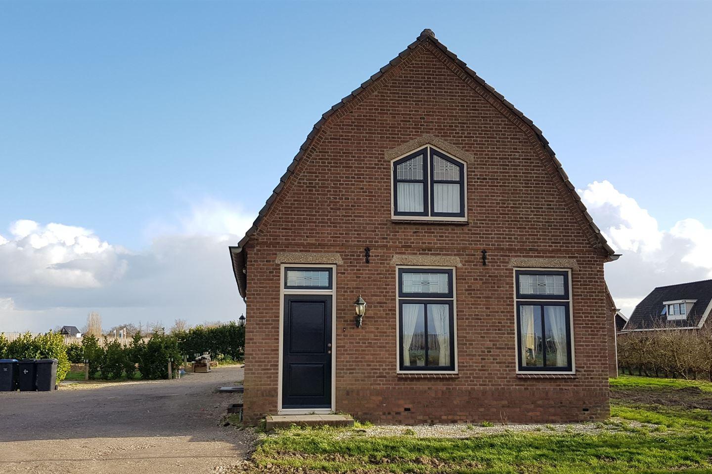Bekijk foto 1 van Steenweg