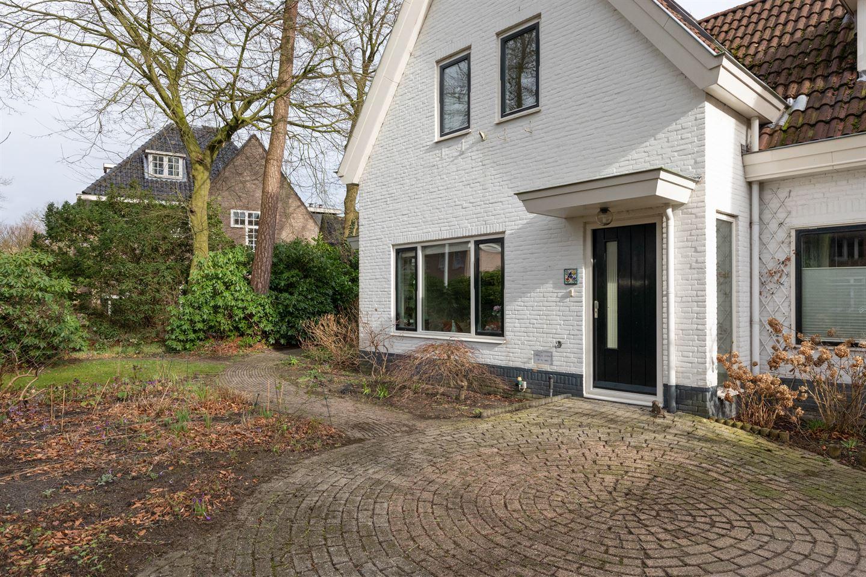 Bekijk foto 2 van Ruysdaellaan 4