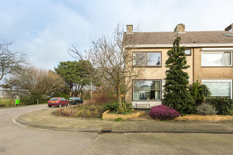 View photo 2 of Buizerdstraat 2
