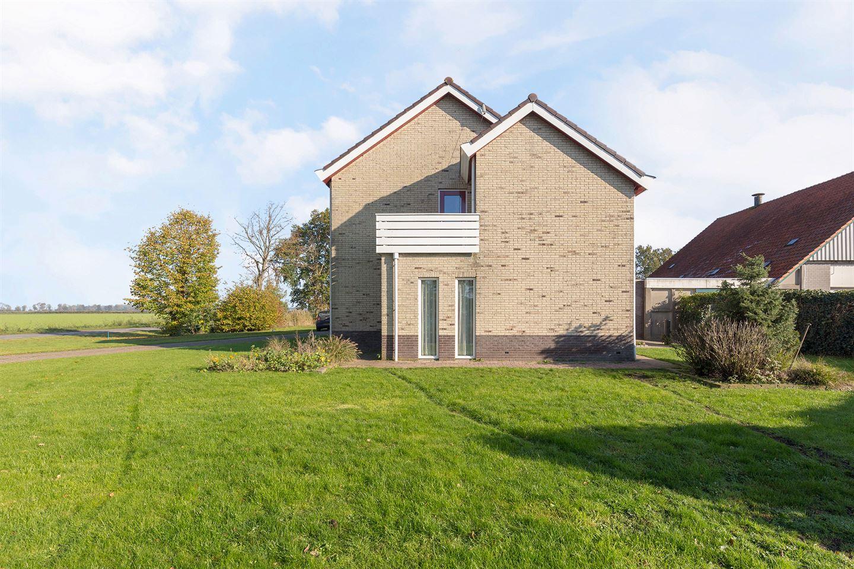 Bekijk foto 3 van Karel Doormanweg 27