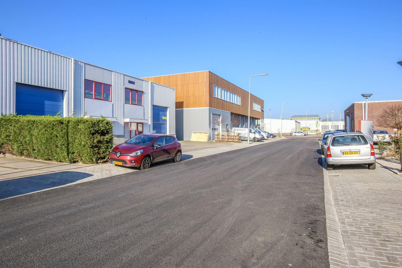 Bekijk foto 4 van Transportstraat 9