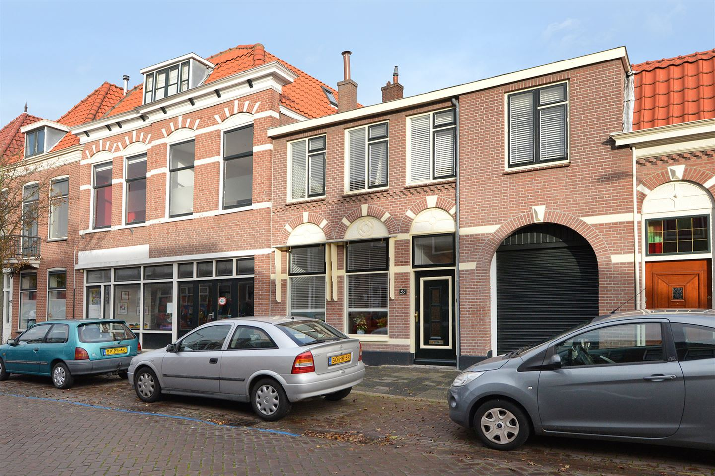 View photo 2 of Heeswijkstraat 35