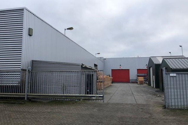 Bekijk foto 2 van Van IJsendijkstraat 154