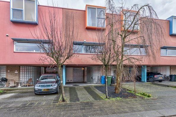 Bekijk foto 1 van Jan Schoutenstraat 19