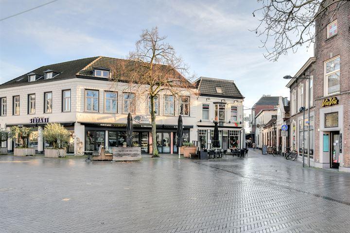 Markt 7, Oosterhout (NB)