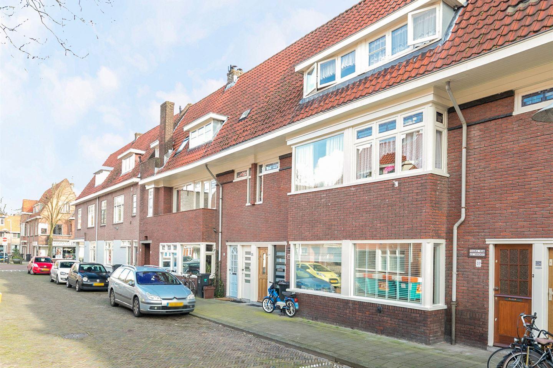 Bekijk foto 1 van Linnaeusstraat 37
