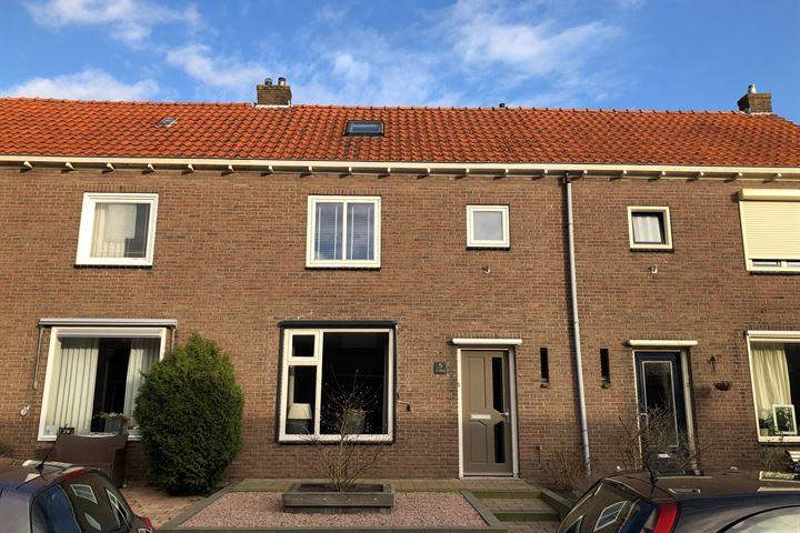 Prins Bernhardstraat 5