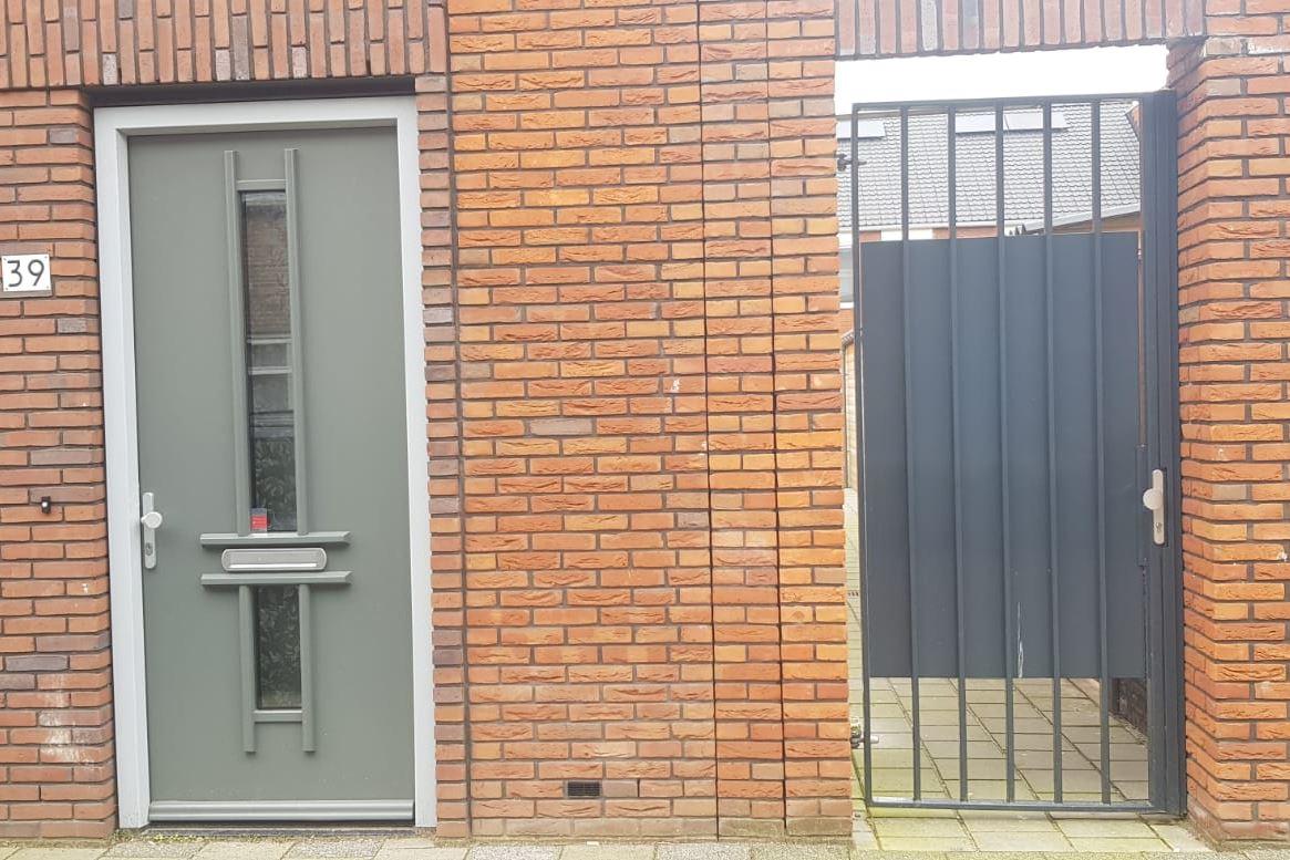 Bekijk foto 1 van Abraham van Beyerenstraat 39