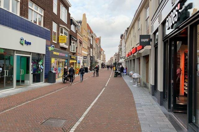 Bekijk foto 2 van Haarlemmerstraat 144