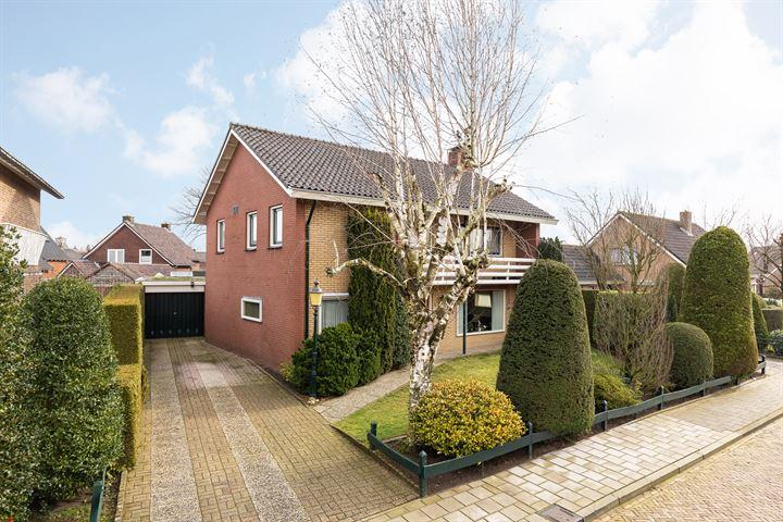 Floris Radewijnsstraat 4
