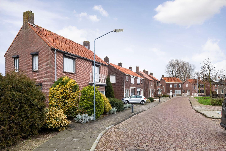 Bekijk foto 6 van Olavstraat 1