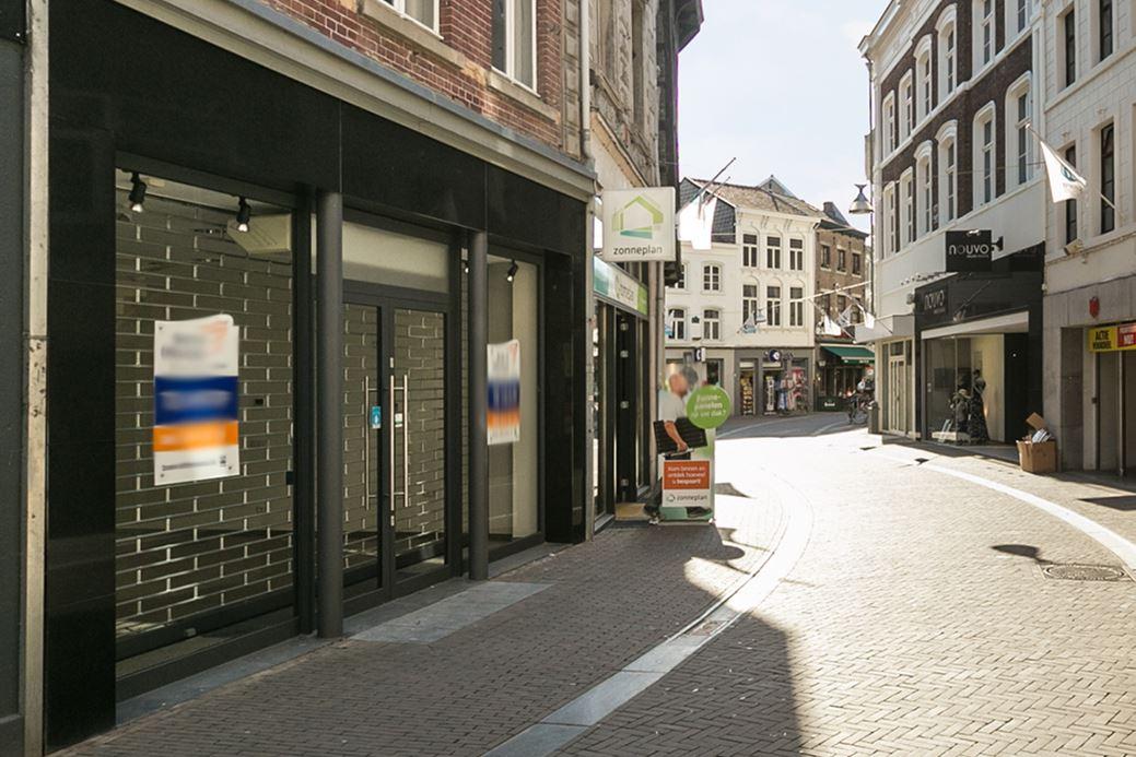 Bekijk foto 1 van Limbrichterstraat 10