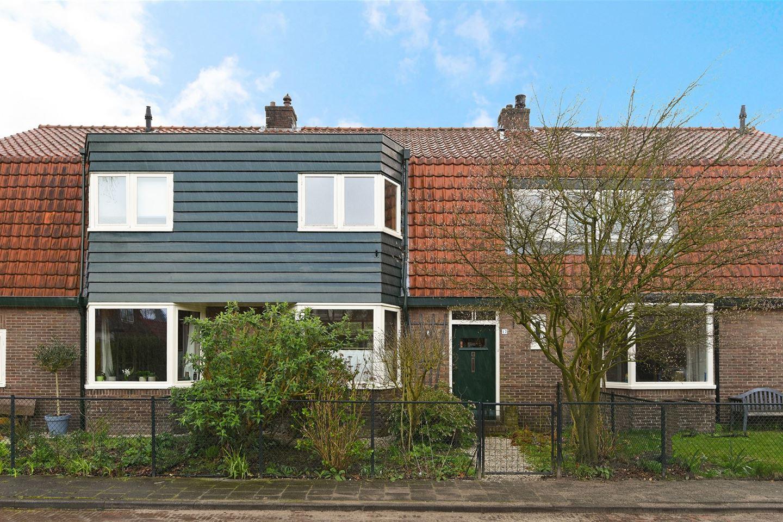 Bekijk foto 1 van Vermeerlaan 17