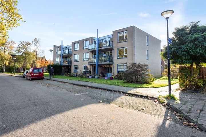 Bisschop Koenraadstraat 62