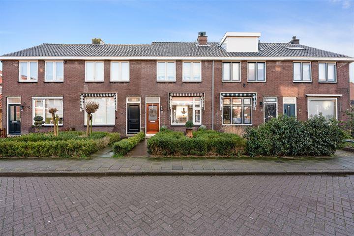 Von Lindernstraat 15