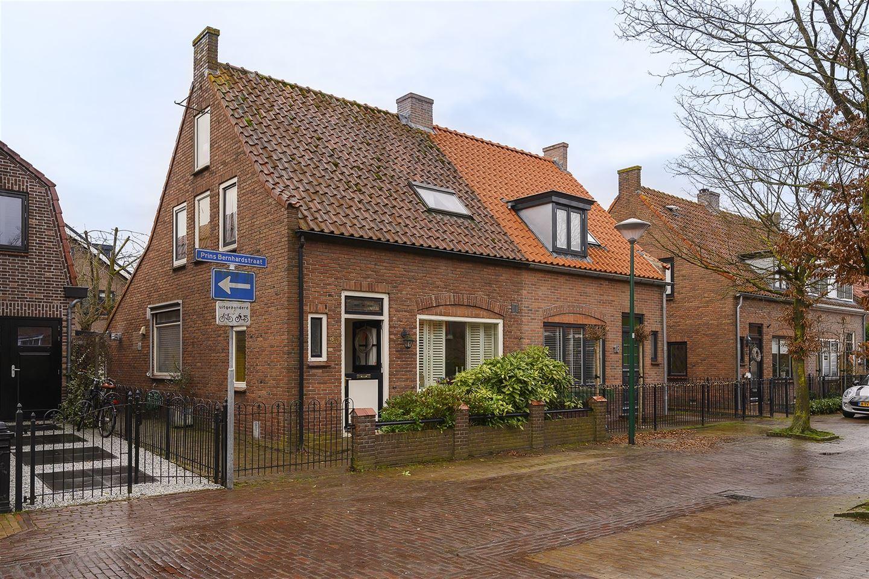 Bekijk foto 1 van Prins Bernhardstraat 20