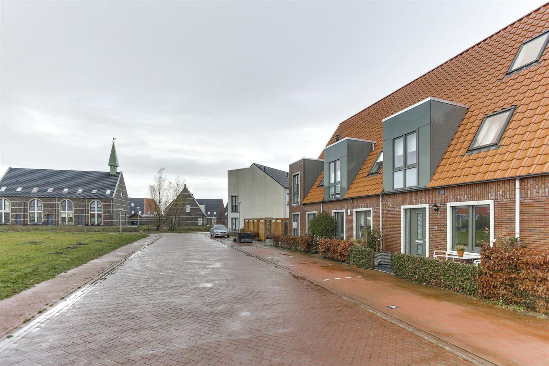 View photo 3 of Gerbrigslân 5