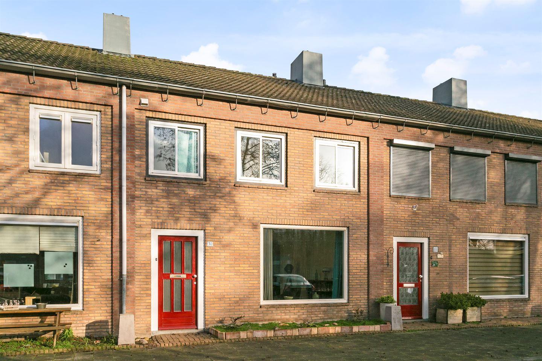 Bekijk foto 1 van Lucas van Leydenstraat 30