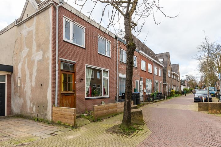 1e Nieuwstraat 15