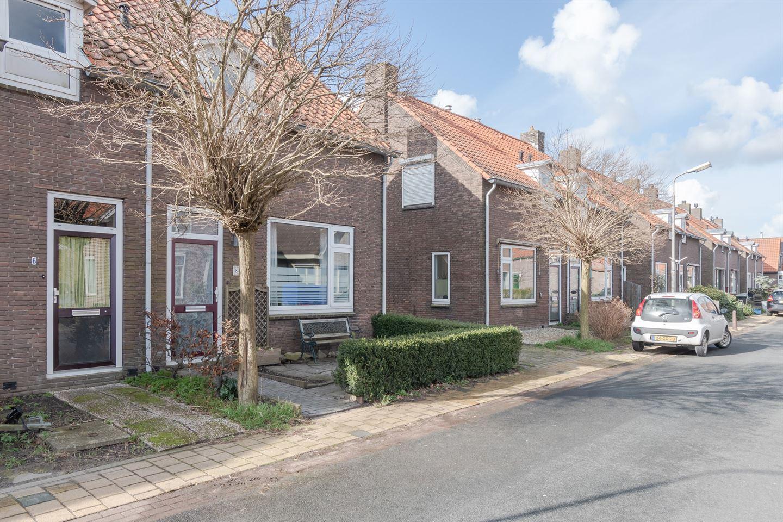 Bekijk foto 2 van Bakkerstraat 8