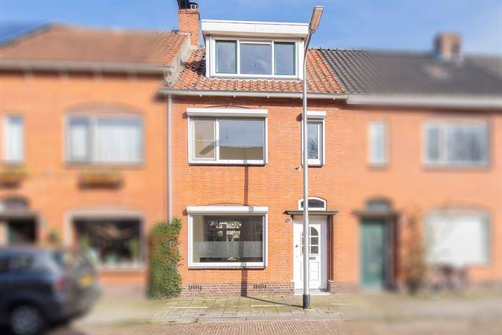Hellebaardstraat 17
