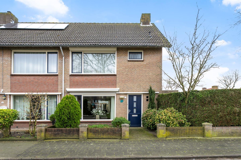 View photo 1 of Wilgenstraat 35