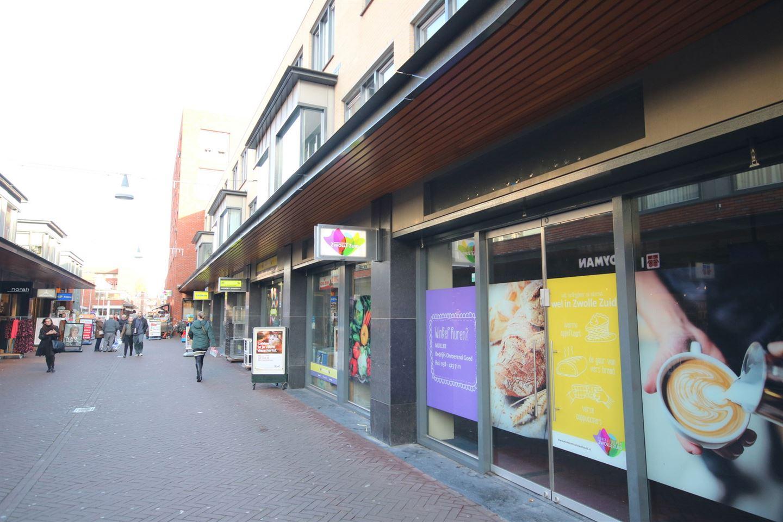 Bekijk foto 2 van Van der Capellenstraat 103