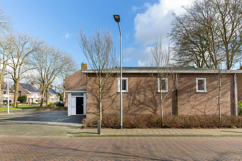 View photo 4 of Koninginnelaan 26