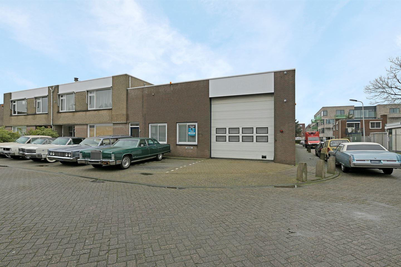 Bekijk foto 1 van Hellendaalweg 7