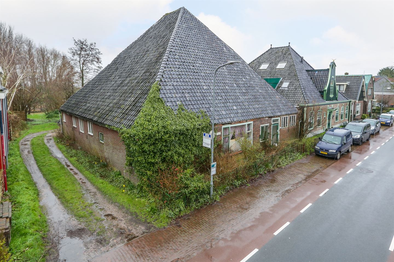 View photo 2 of Oostwouder Dorpsstraat 35