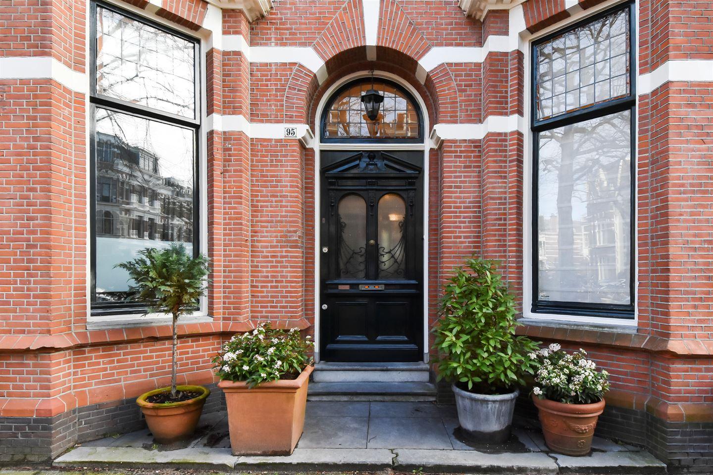 Bekijk foto 2 van Jan van Nassaustraat 95