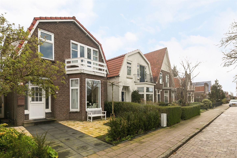 Bekijk foto 2 van Burgemeester Falkenaweg 153