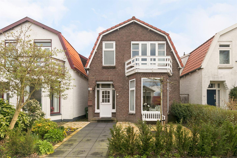 Bekijk foto 1 van Burgemeester Falkenaweg 153