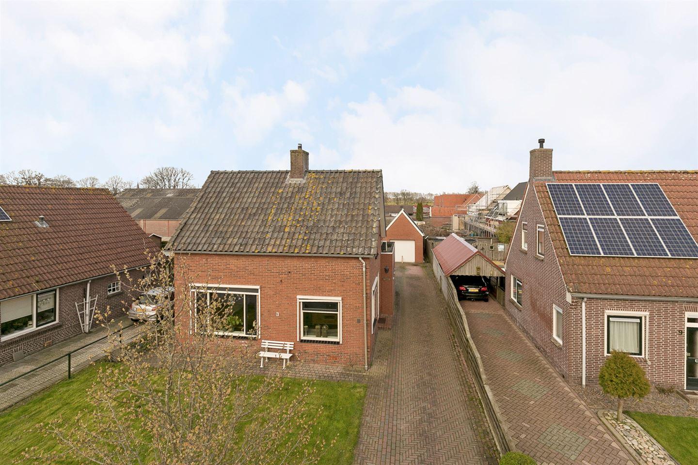 Bekijk foto 1 van Van Veenstraat 7