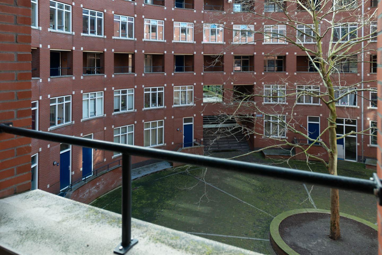 View photo 2 of Clioplein 21