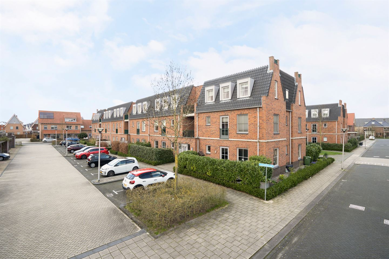 View photo 1 of Schefferstraat 33