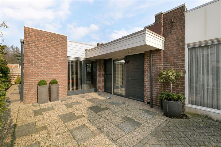 M.J. van Olmstraat 14