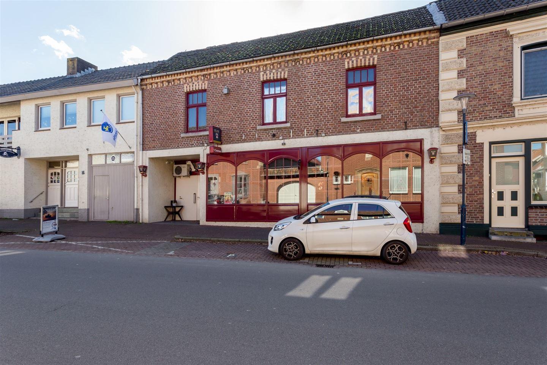 Bekijk foto 2 van Overstraat 14