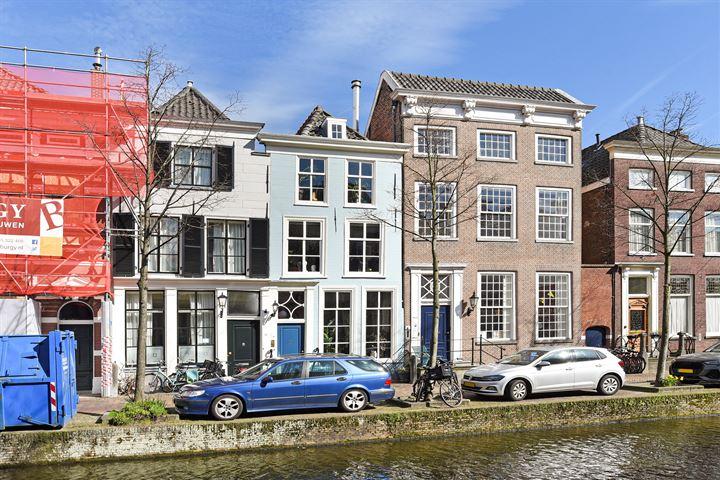 Oude Delft 28