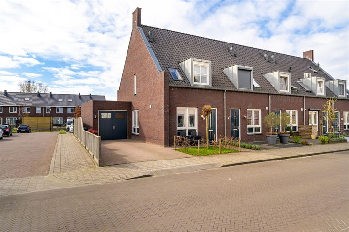 De Bruijnstraat 17