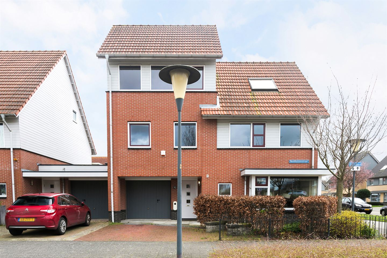 Bekijk foto 1 van Benthuizenstraat 52