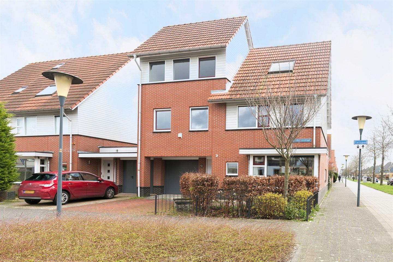 Bekijk foto 3 van Benthuizenstraat 52
