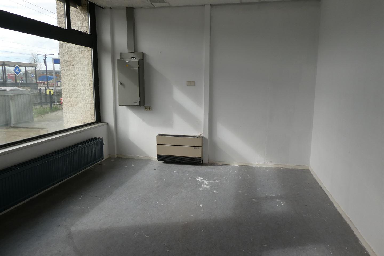 Bekijk foto 2 van Stationsplein 7