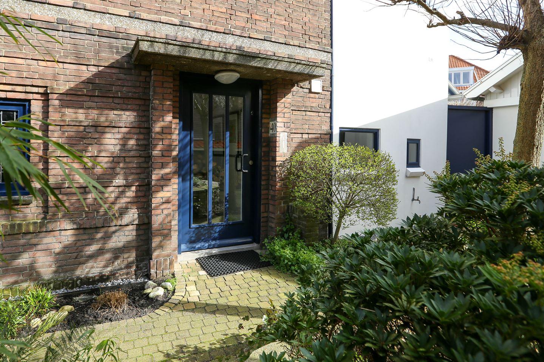 Bekijk foto 2 van van Deventerlaan 40