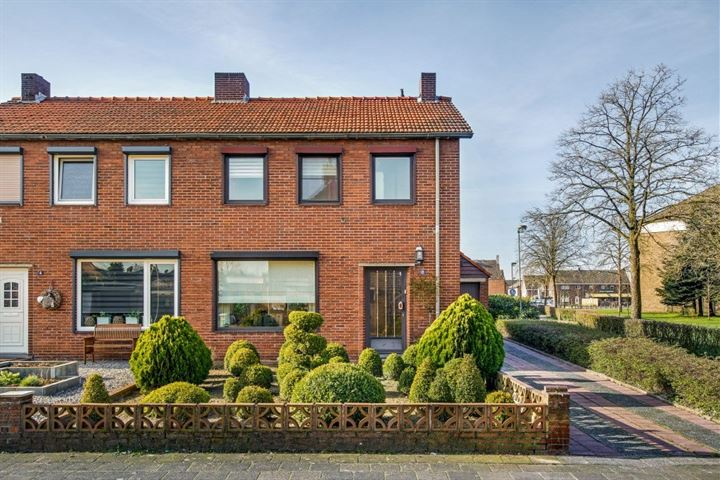 Pastoor Ceijssensstraat 2