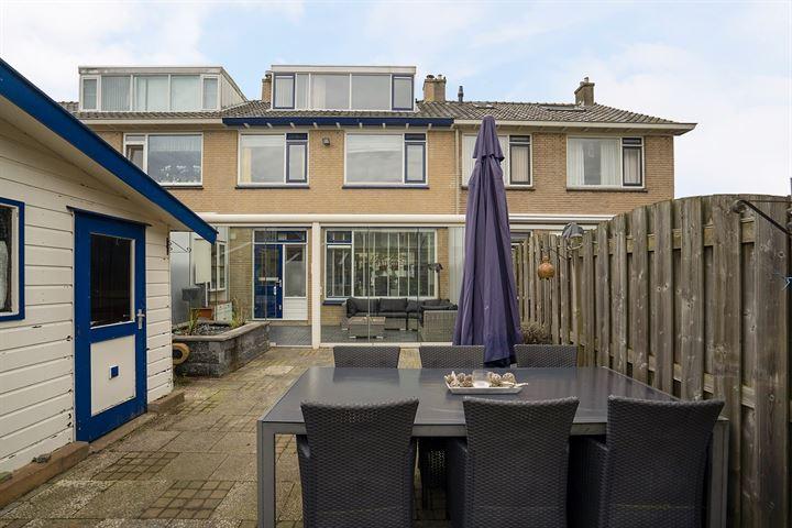 Cornelis Outshoornstraat 24