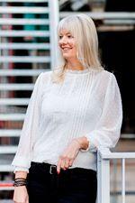 Esther Dukker (Office manager)