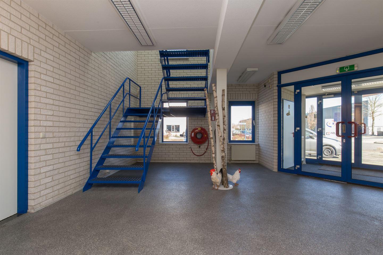 Bekijk foto 2 van Max Planckstraat 26