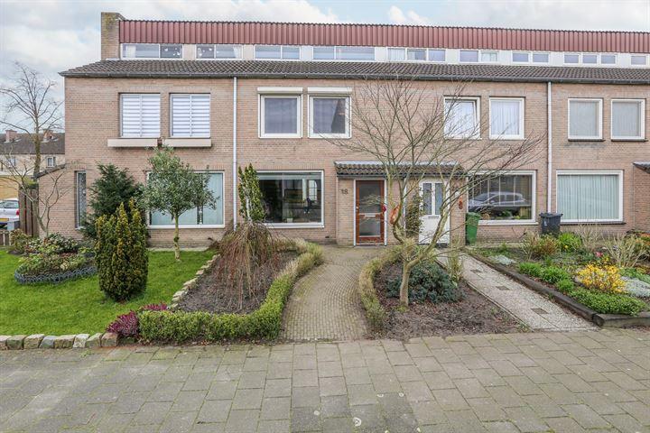 Cornelis Trompstraat 18