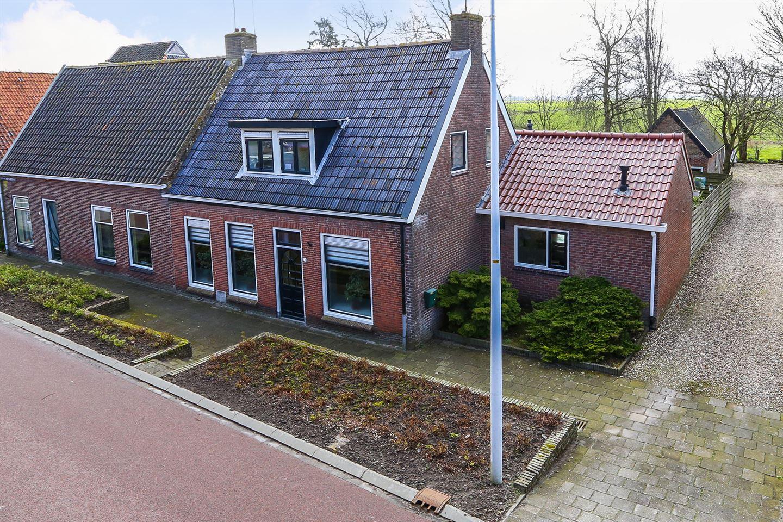 View photo 1 of J.P. van der Bildtstraat 5